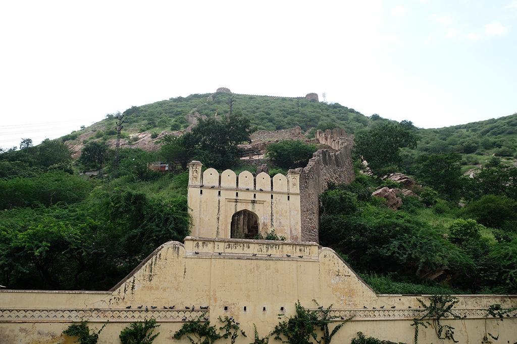 Jaipair City Wall, Gaitor ki Chhatryan