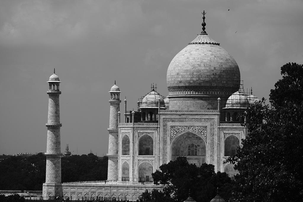 Taj Mahal from Hotel Saniya