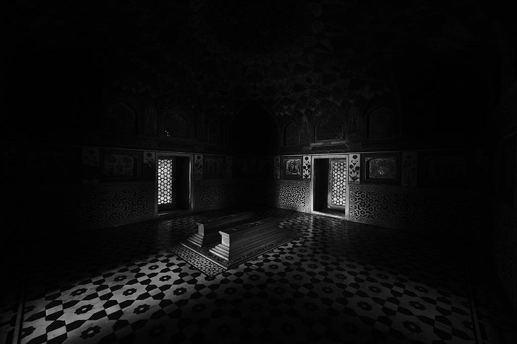 The main tomb, The Baby Taj