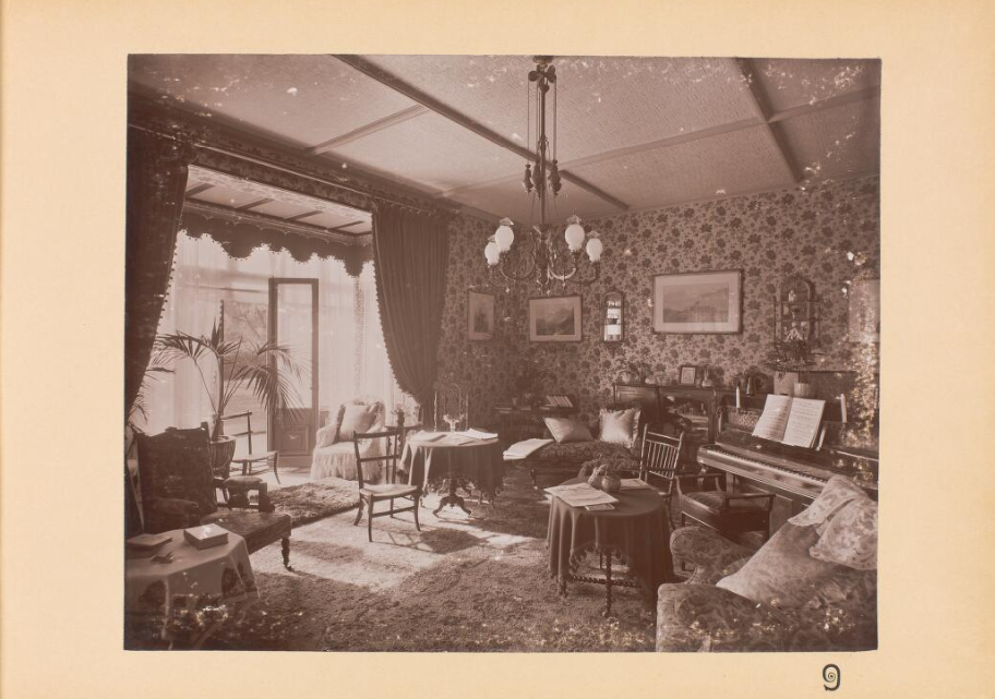 One of the rooms at Ticehurst Asylum in the 19th century, taken from the Library Archives ar Wellcome Collection