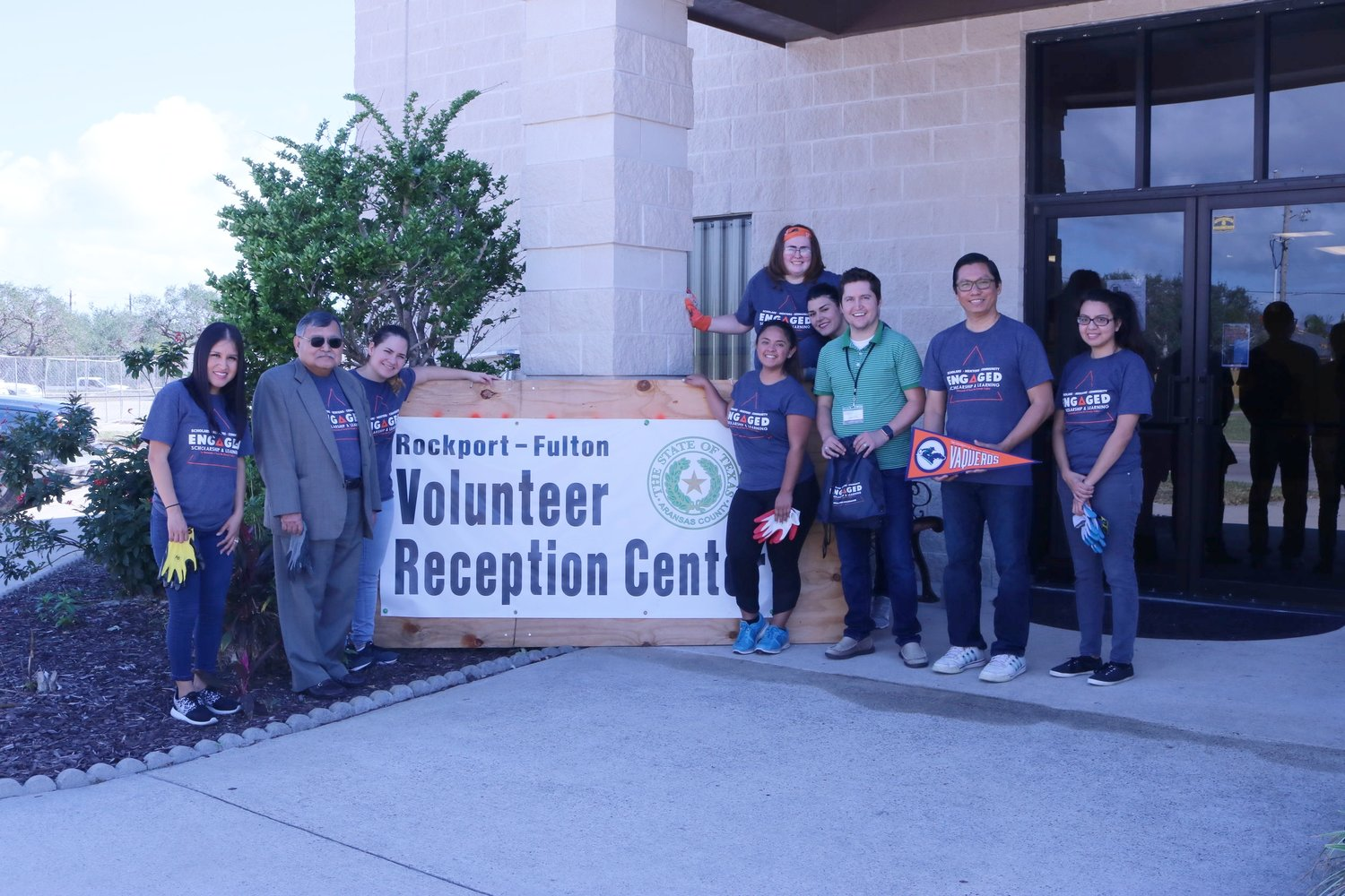 Dr. Dean Kyne and Students at Volunteering Center for Hurricane Harvey Disaster Victims.JPG