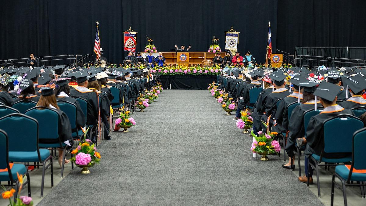 Degree commencement Spring 2019.jpg