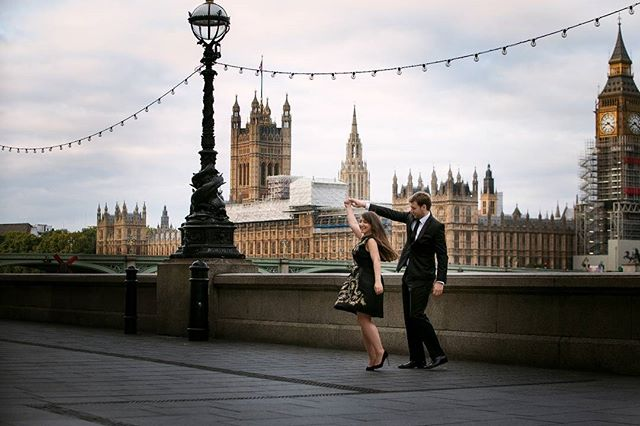 I love an early morning shoot in central London, when the light is lovely and the streets are empty. #enagementring #engament #engagementphotos #engaged #londondonphotographer #londonweddings #weddinginspiration #bigben #westminster #photowedding #photography #photos #wedding #weddings ##weddingphotographerlondon #londonweddings #london #documentaryweddingphotography #dance #happy #siluet #photographerworldwide