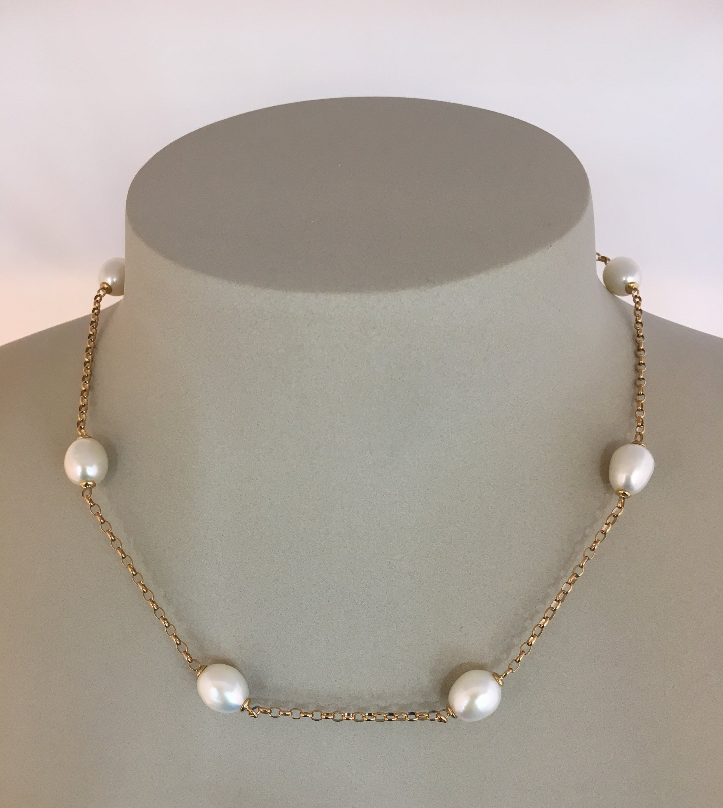 9ct Yellow Gold Mery Berry Pearl Necklace