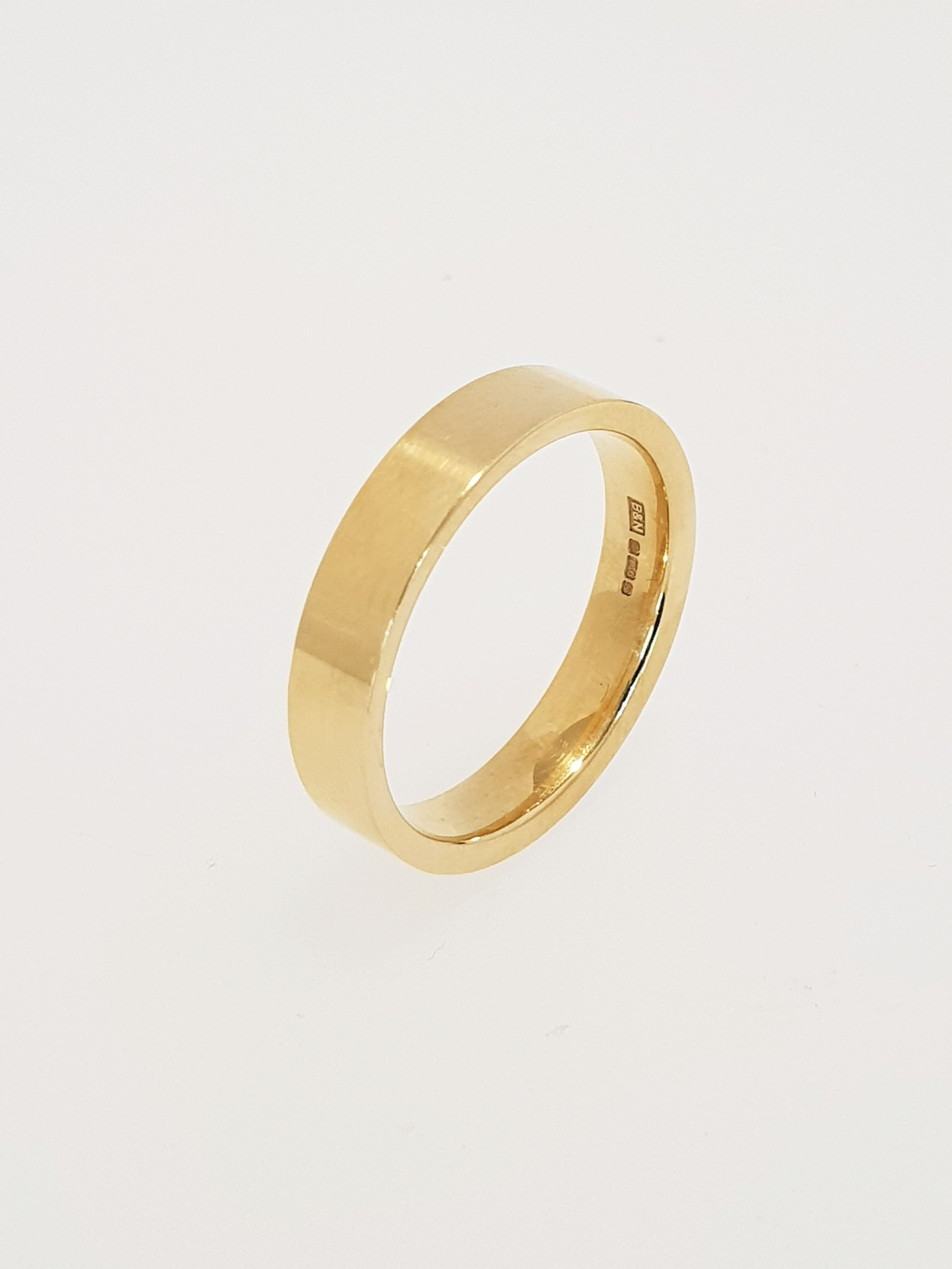18ct Yellow Gold Flat Band