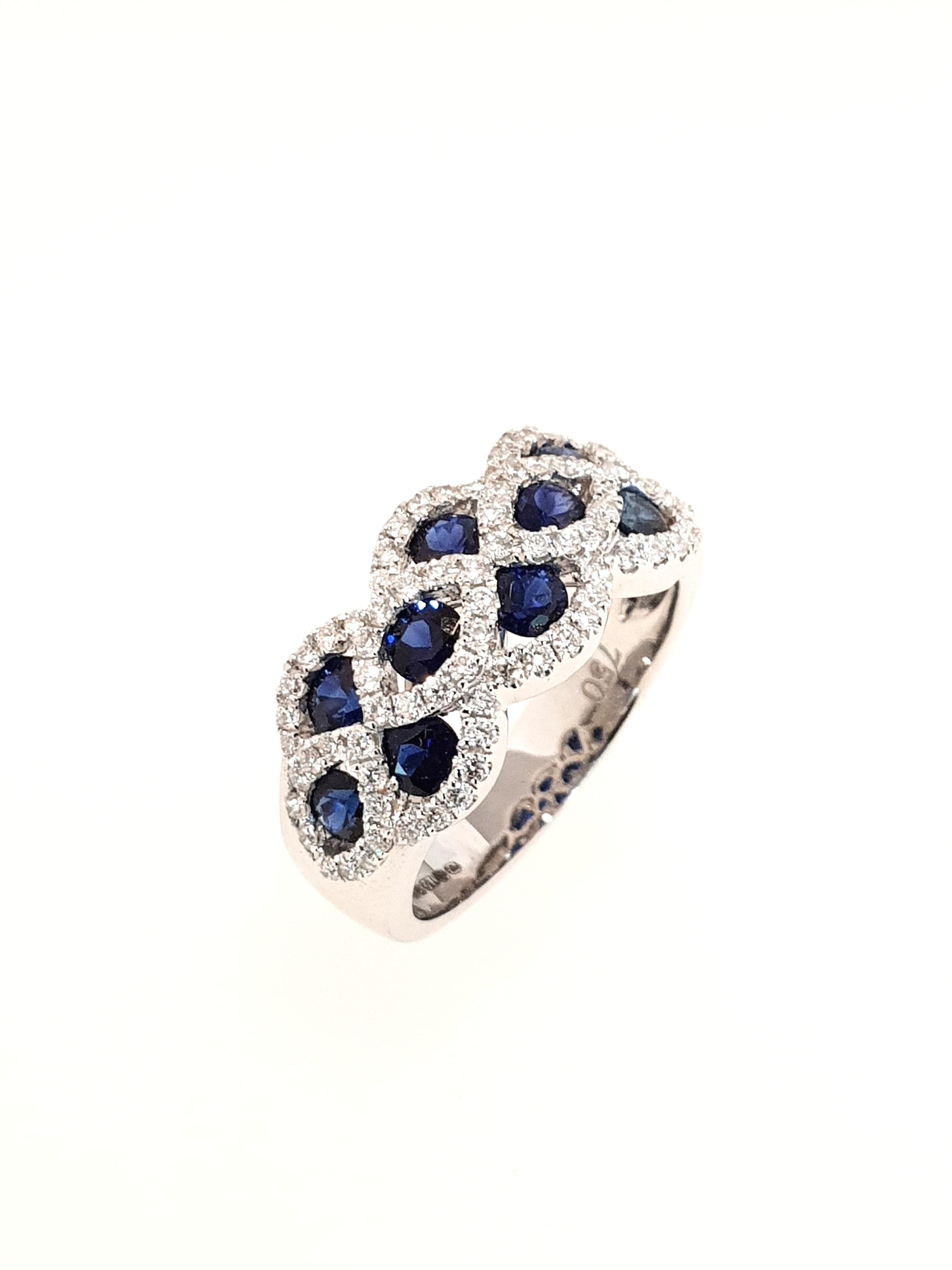18ct White Gold Sapphire & Diamond Ring  Diamond: .50ct, G, Si1  Stock Code: N8943  £3800