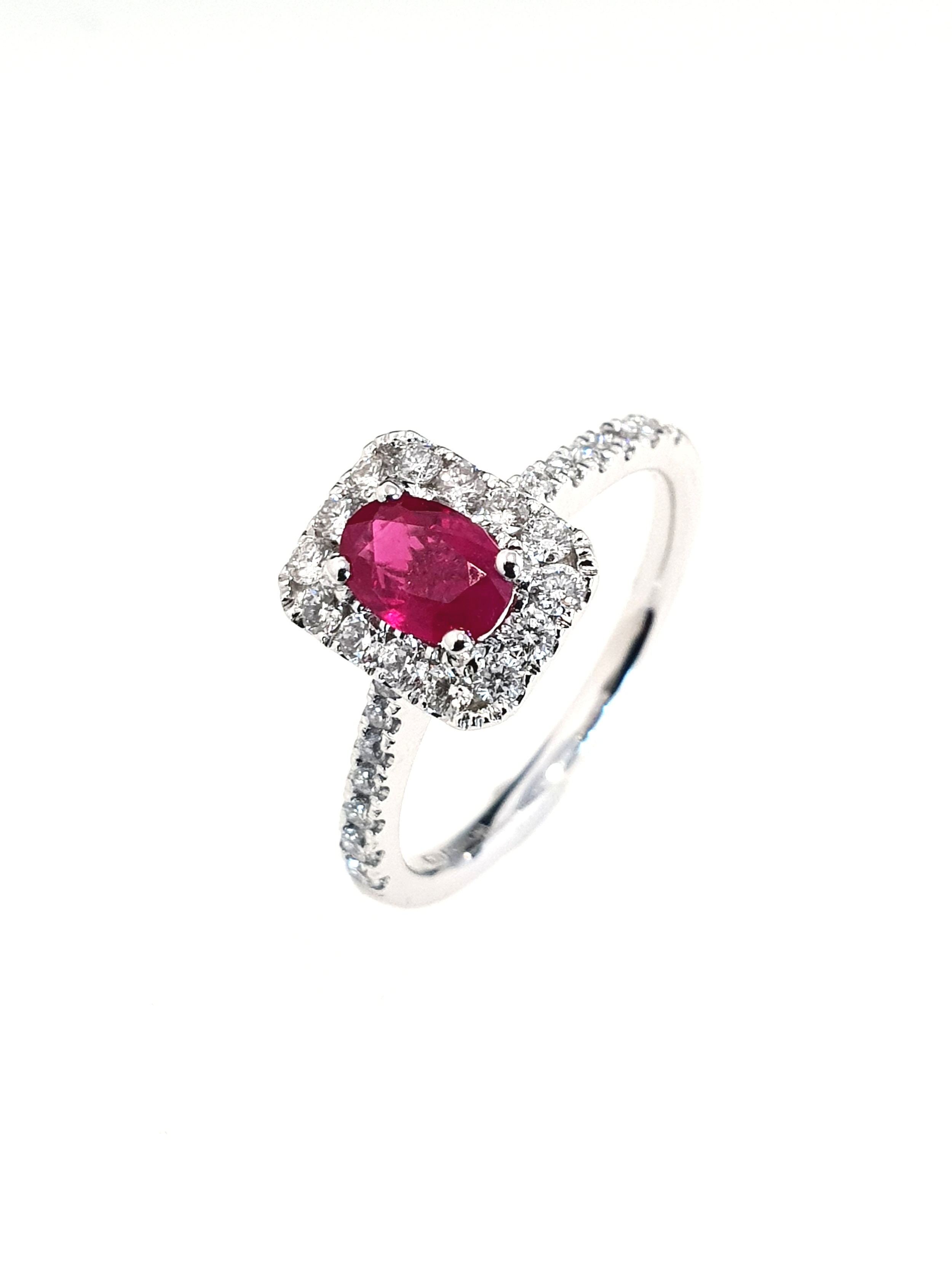 18ct White Gold Ruby(.55ct) & Diamond Ring  Diamond: .37ct, G, Si1  Stock Code: N8950  £1650