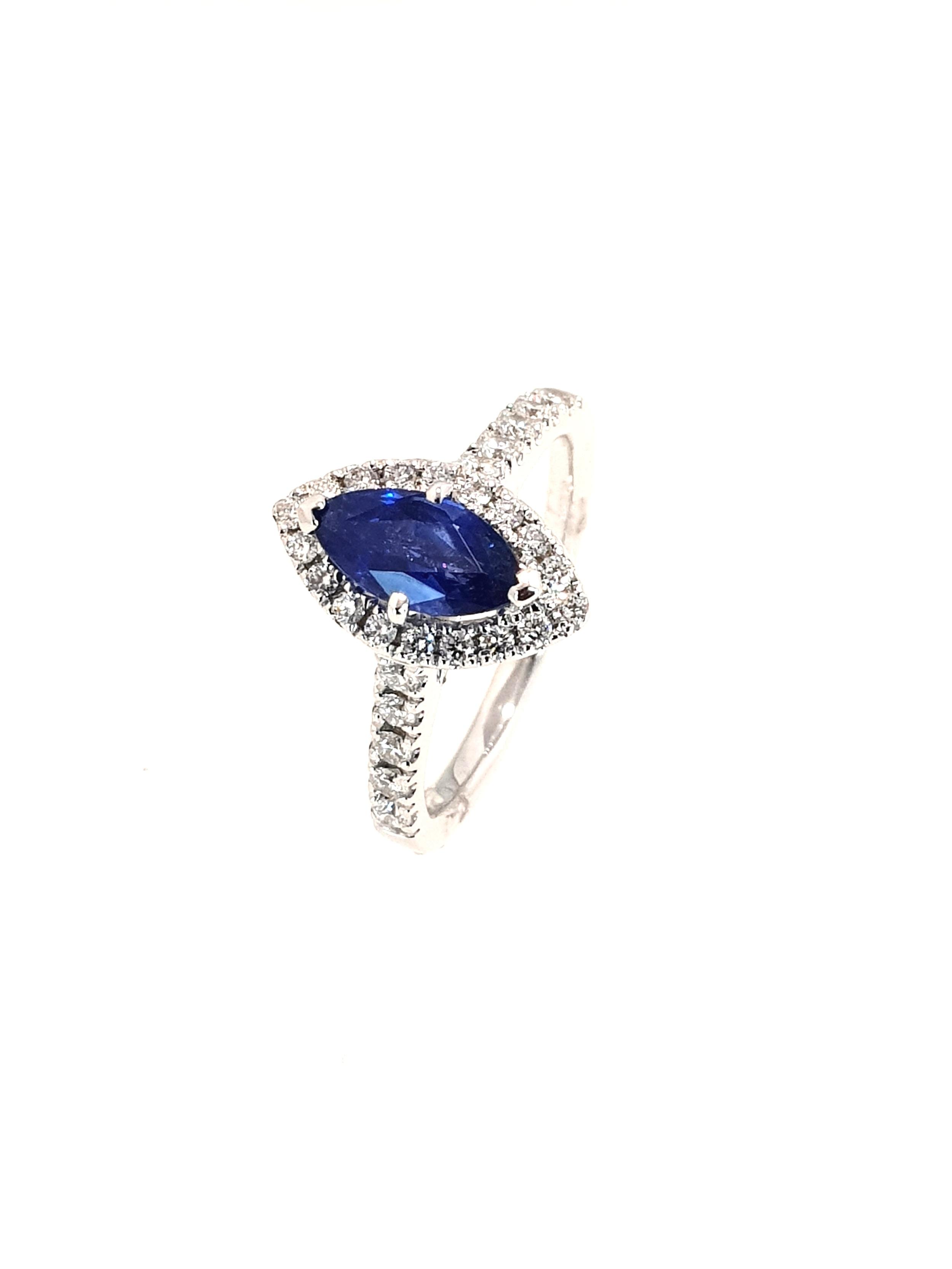 18ct White Gold Sapphire(1.08ct) & Diamond Ring  Diamond: .39ct, G, Si1  Stock Code: N8977  £2400
