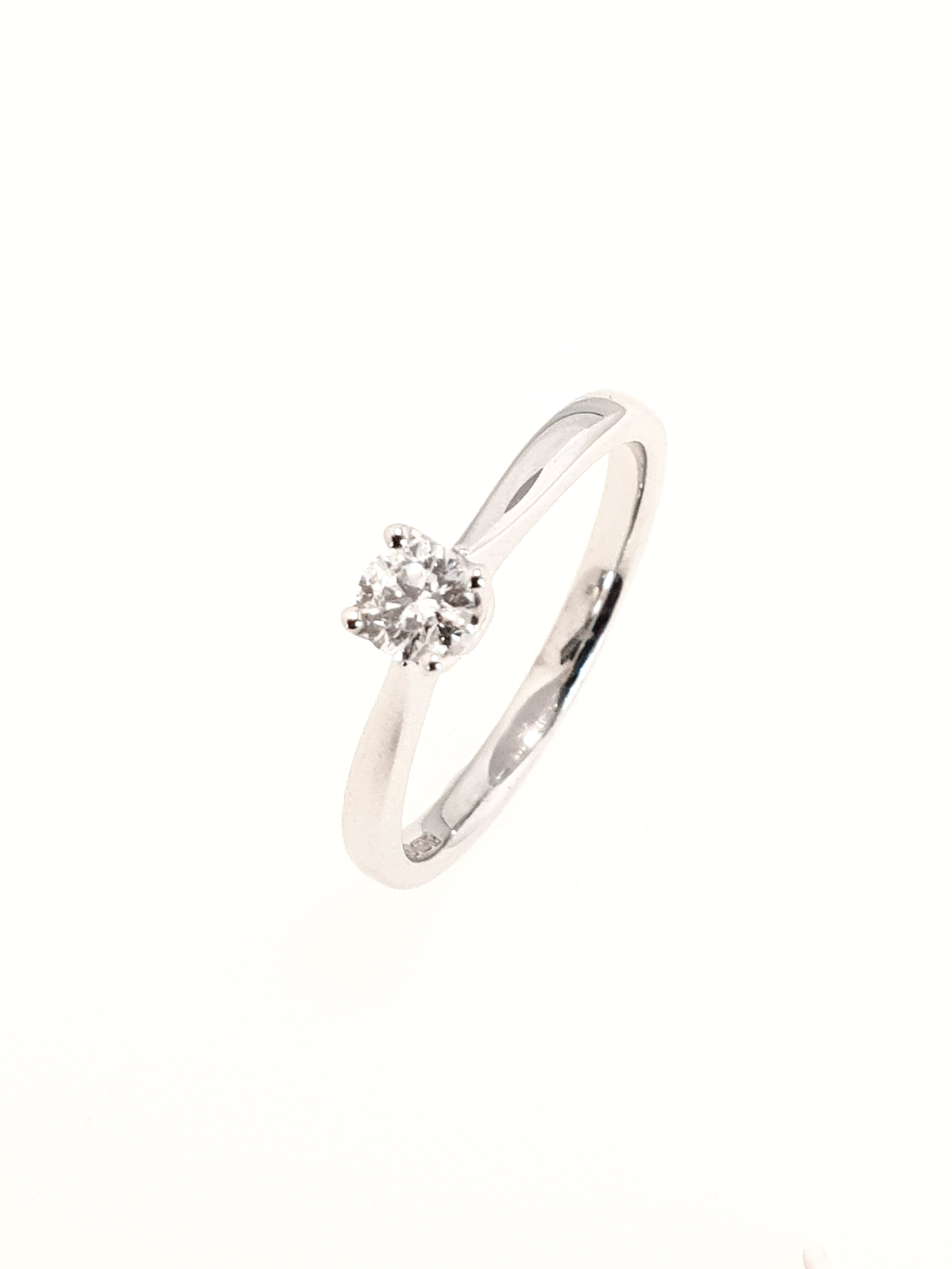 18ct White Gold Diamond Ring, Brilliant Cut  SOLD   .25ct, H, Si1  Stock Code: N8770  £1120