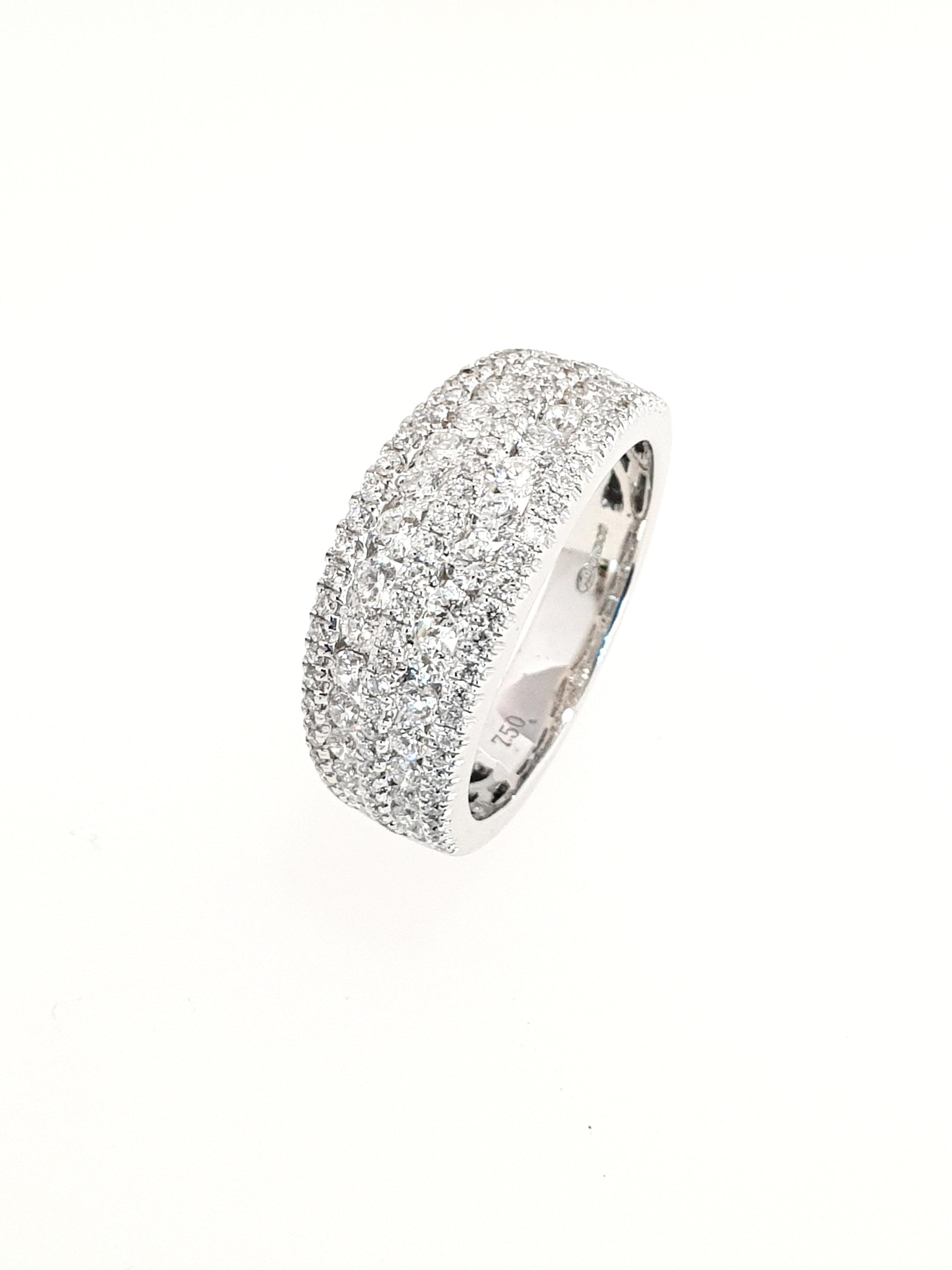 18ct White Gold 5 Row Diamond Ring  1.27ct, G, SI1  Stock Code: N8905  £4300