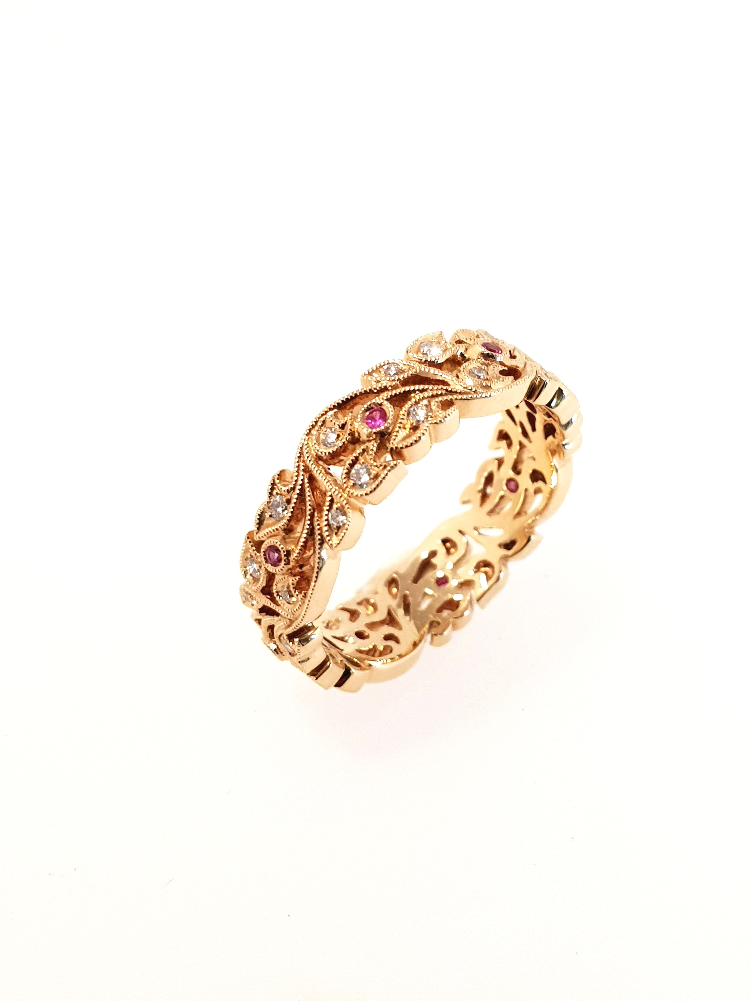 18ct Rose Gold & Diamond Vine Band