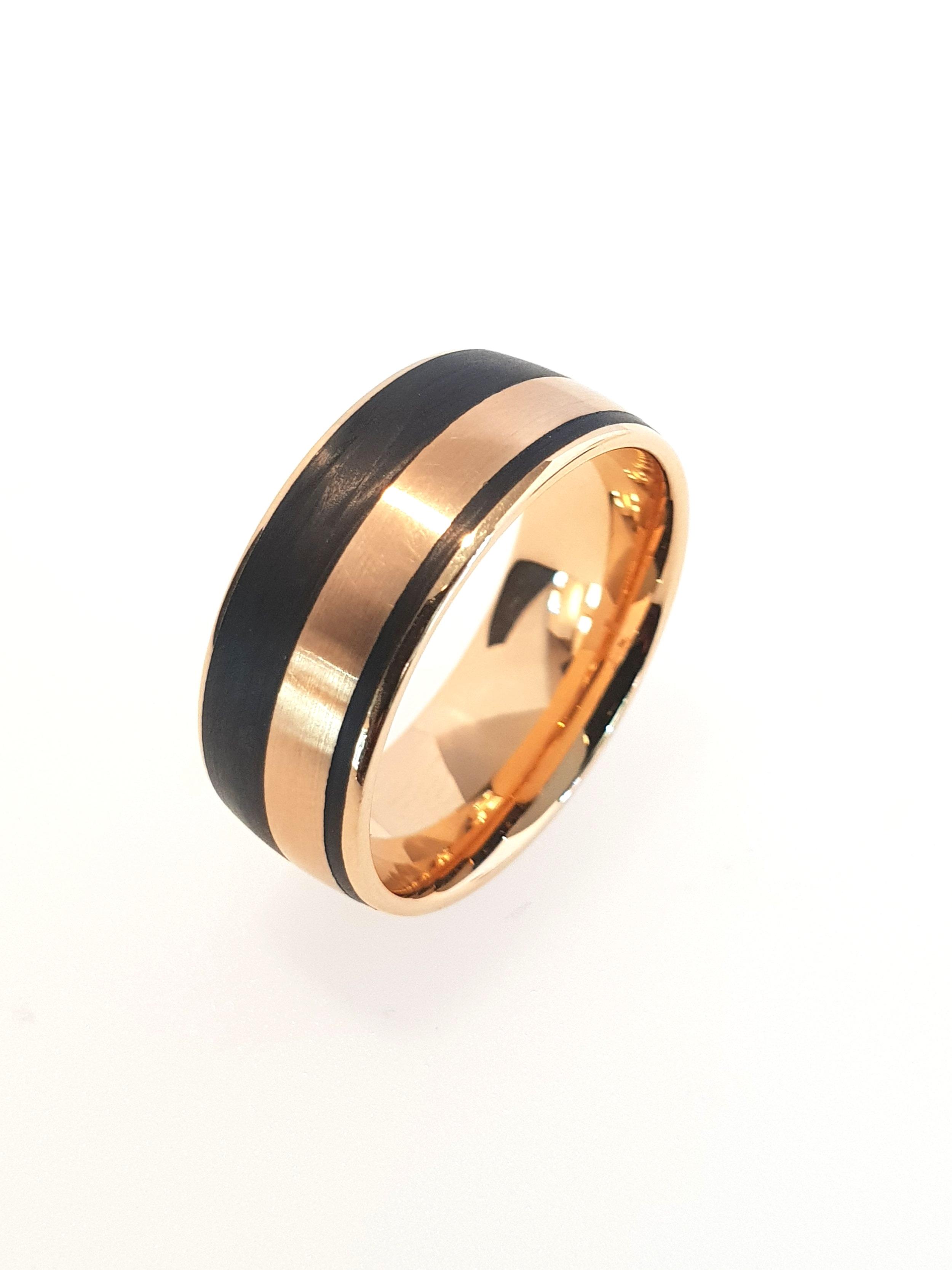 18ct Gold & Carbon Fibre Ring    Furrer Jacot (Model: 71-29140-0-0)   Current Stock Size: U  Stock Code: E9358  £1120