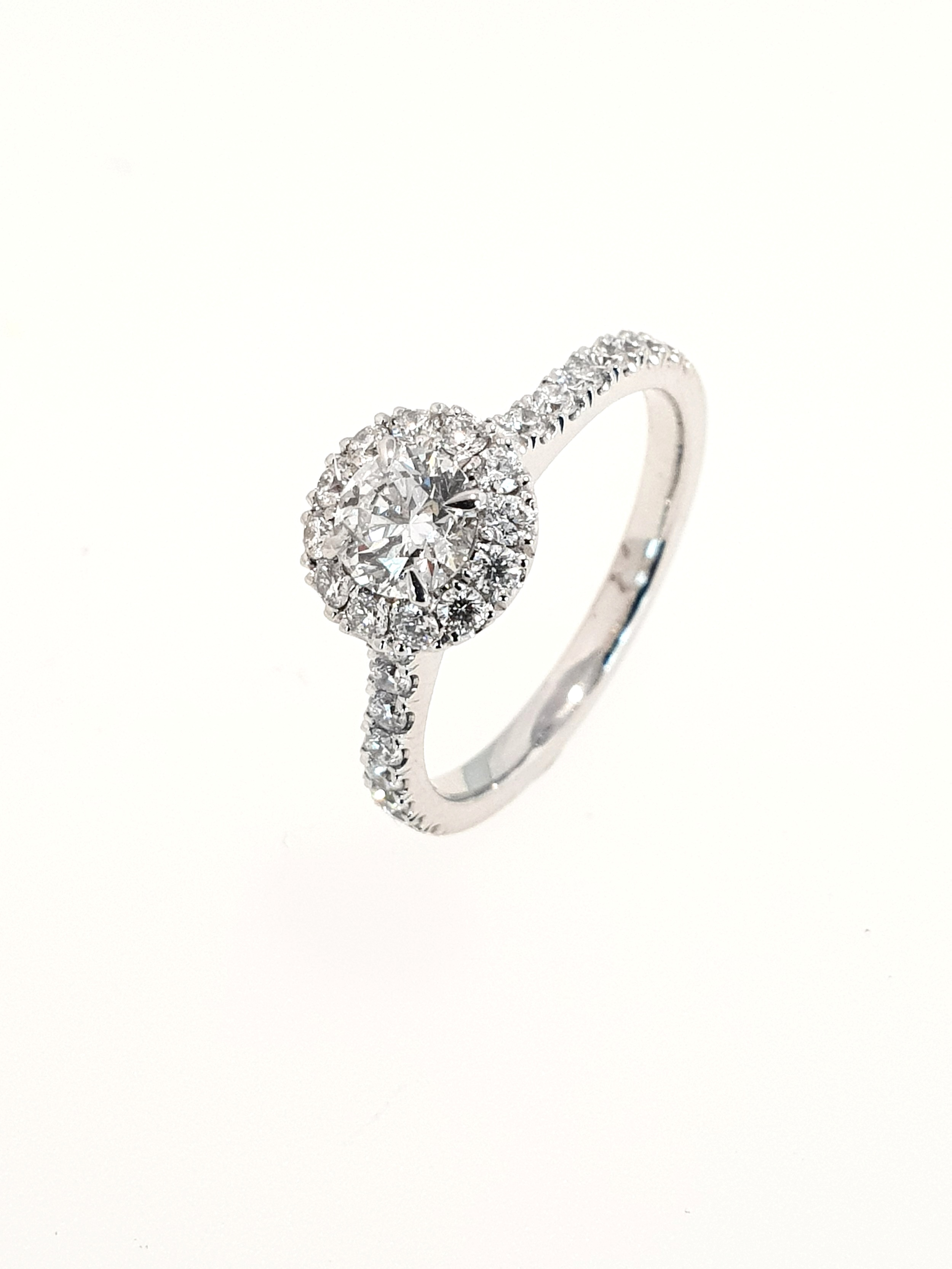 Platinum Diamond Halo Ring SOLD  TCW: 1.01ct, F, SI1  Stock Code: N8897  £5400