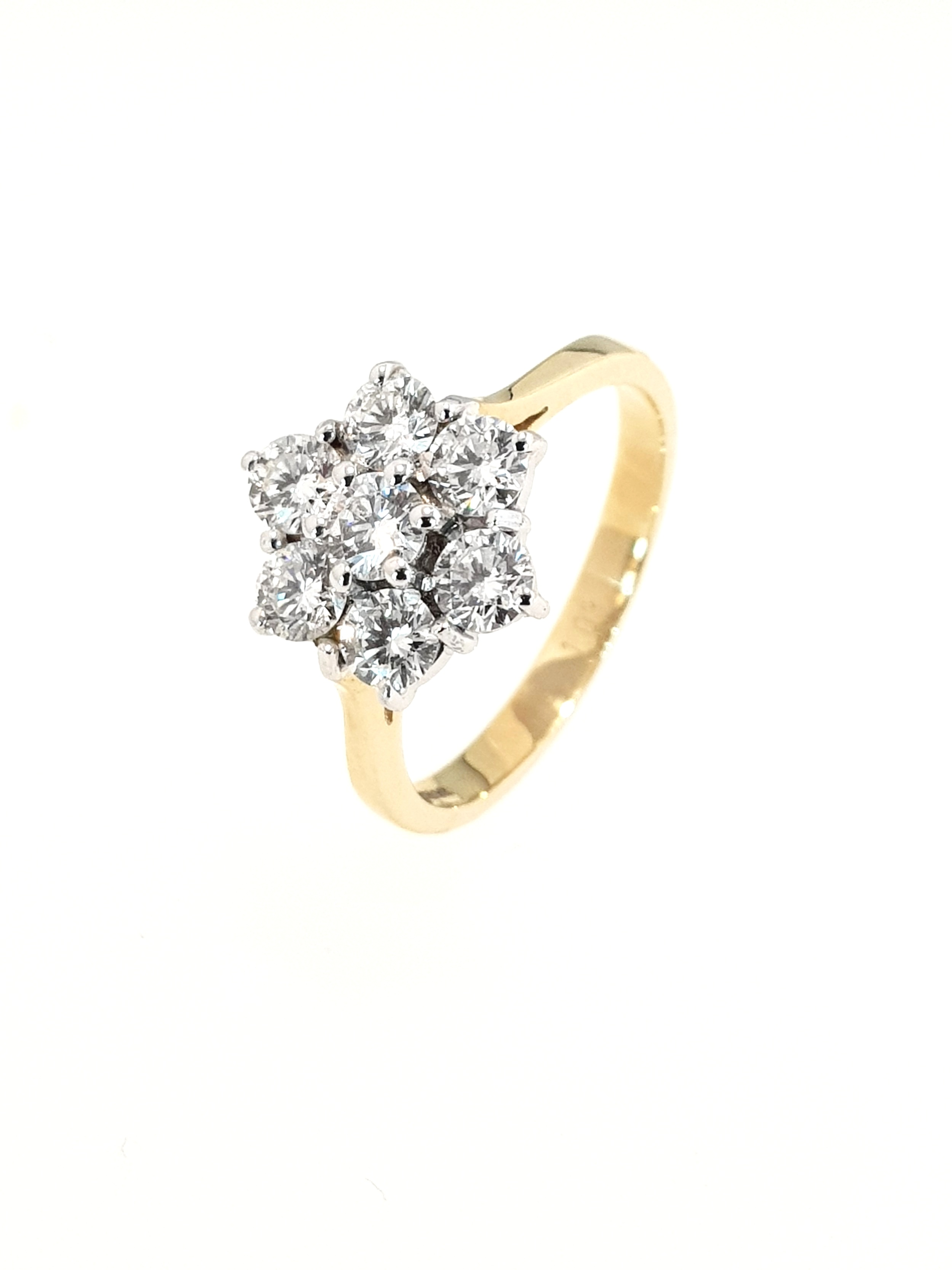 18ct Yellow Gold 7 Stone Diamond Cluster Ring  TCW: 1.03ct, G, Si1  Stock Code: N8953  £3100