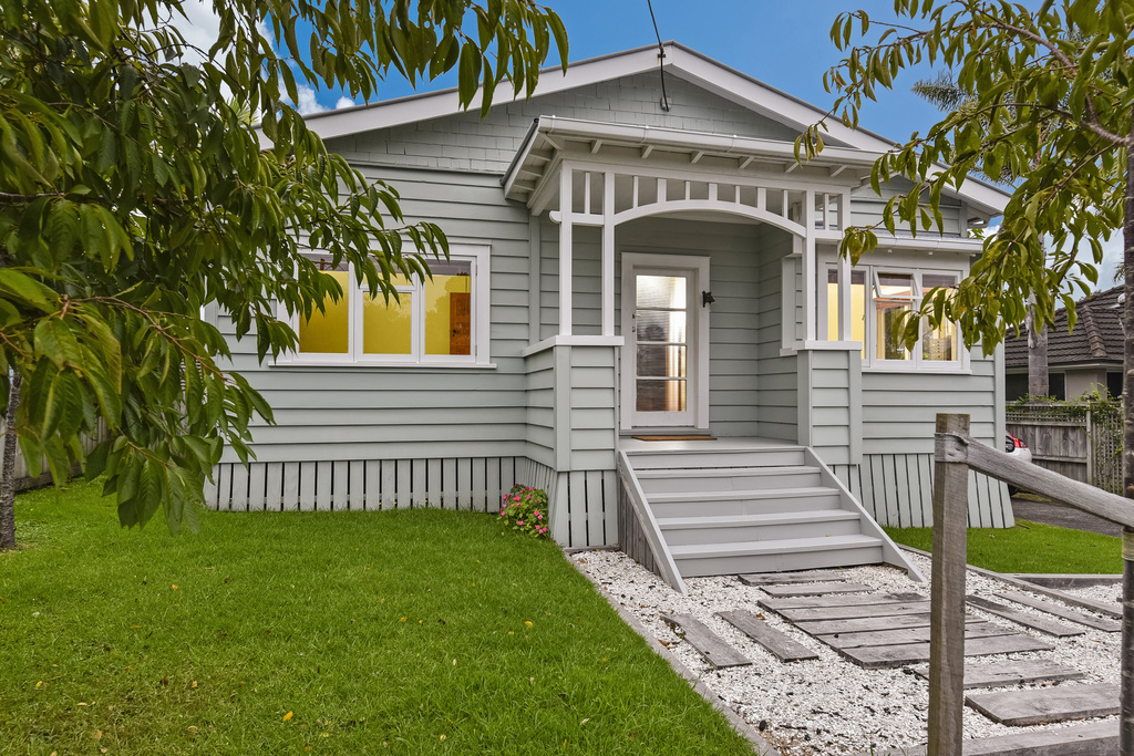 Bungalow-Renovation-Belmont-Auckland.jpg