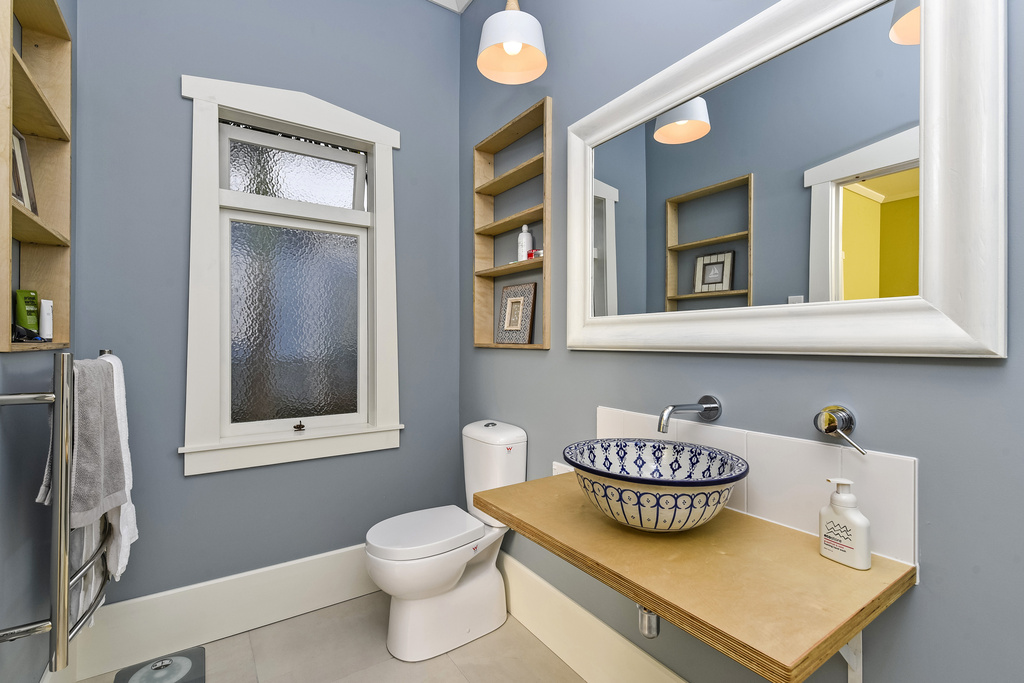 Ensuite-Bathroom-Renovation-Bungalow-Belmont-Auckland.jpg