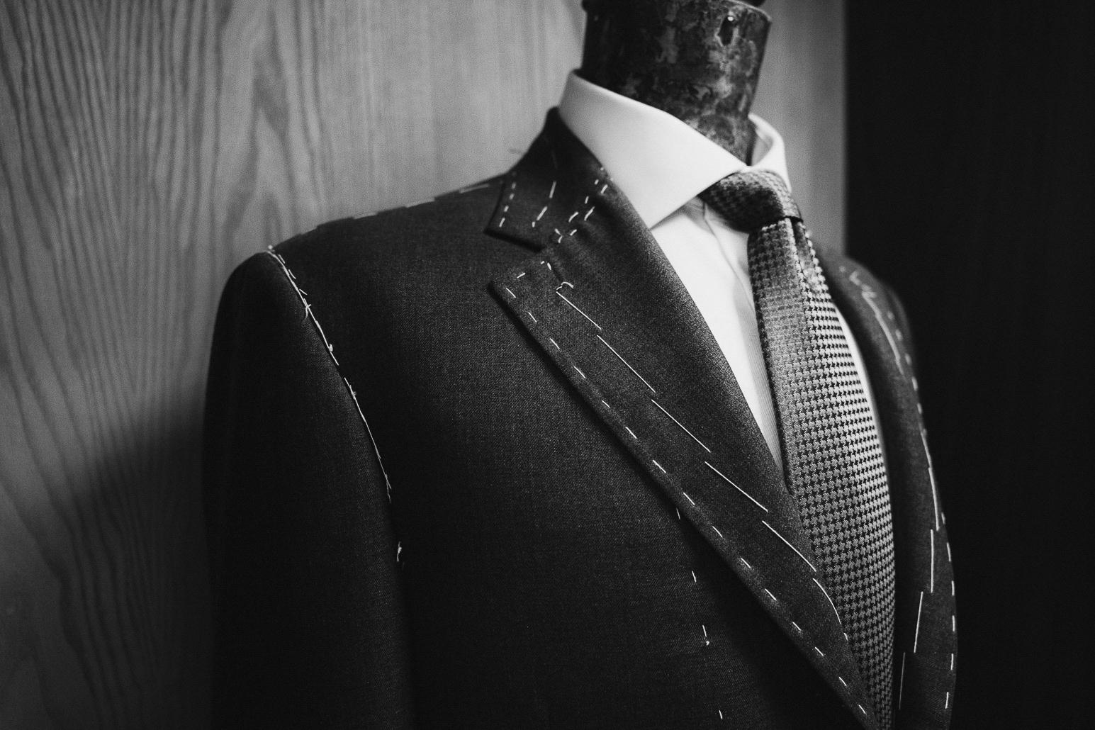 Bespoke Gents Suit Paul Henry Tailoring.jpg