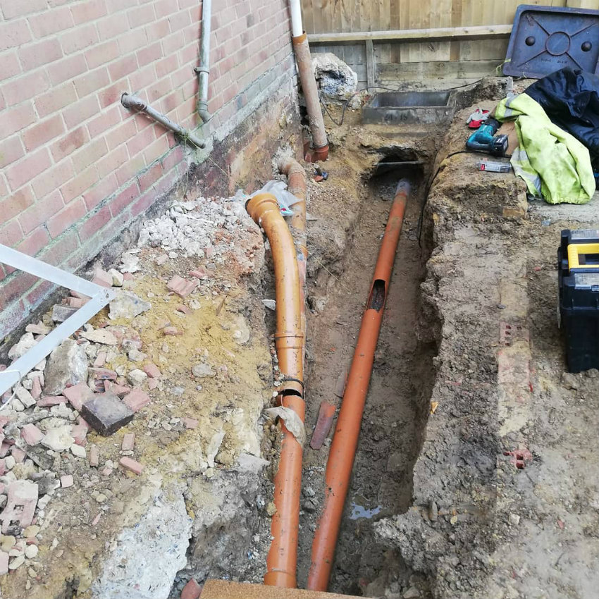 property-renovations-house-extension-garage-east-grinstead-west-sussex-new-clay-pipe-after-850.jpg