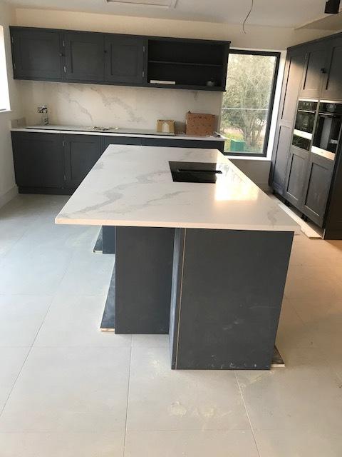 house-building-elenge-plat-colgate-horsham-rencraft-kitchen-3-640.jpg