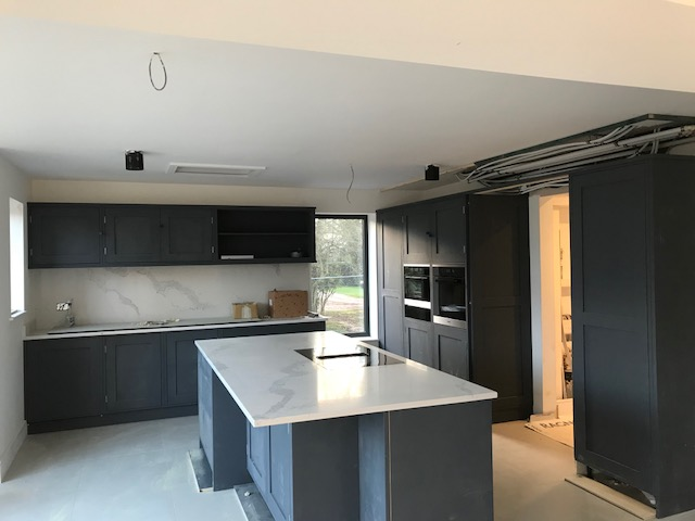 house-building-elenge-plat-colgate-horsham-rencraft-kitchen-2-640.jpg