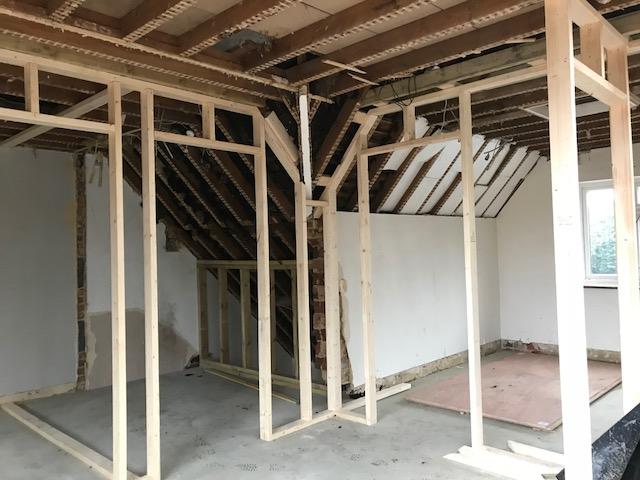 house-building-poppits-ardingly-stud-walls-3-480.jpg