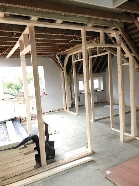 house-building-poppits-ardingly-stud-walls-1-480.jpg