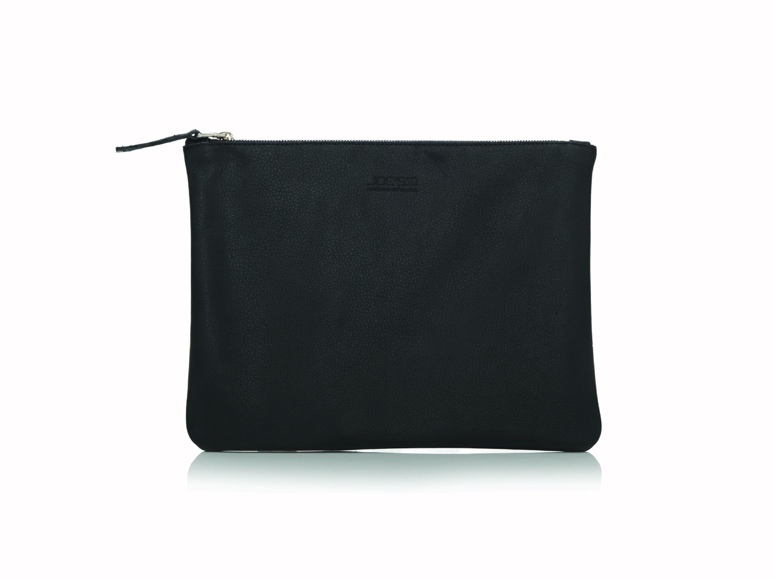 black pouch.jpg