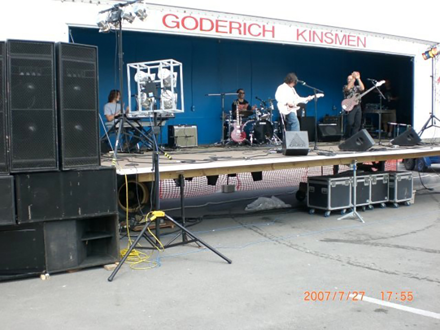 Bluefest 2007 001-LZ.jpg