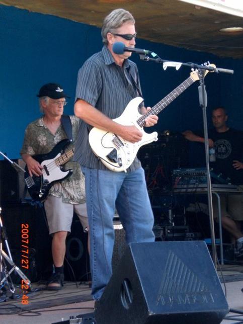 Bluefest 2007 018-LZ.jpg