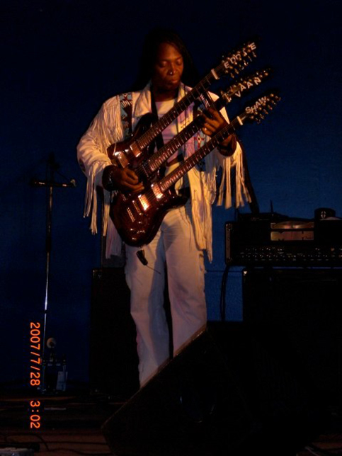 Bluefest 2007 031-LZ.jpg