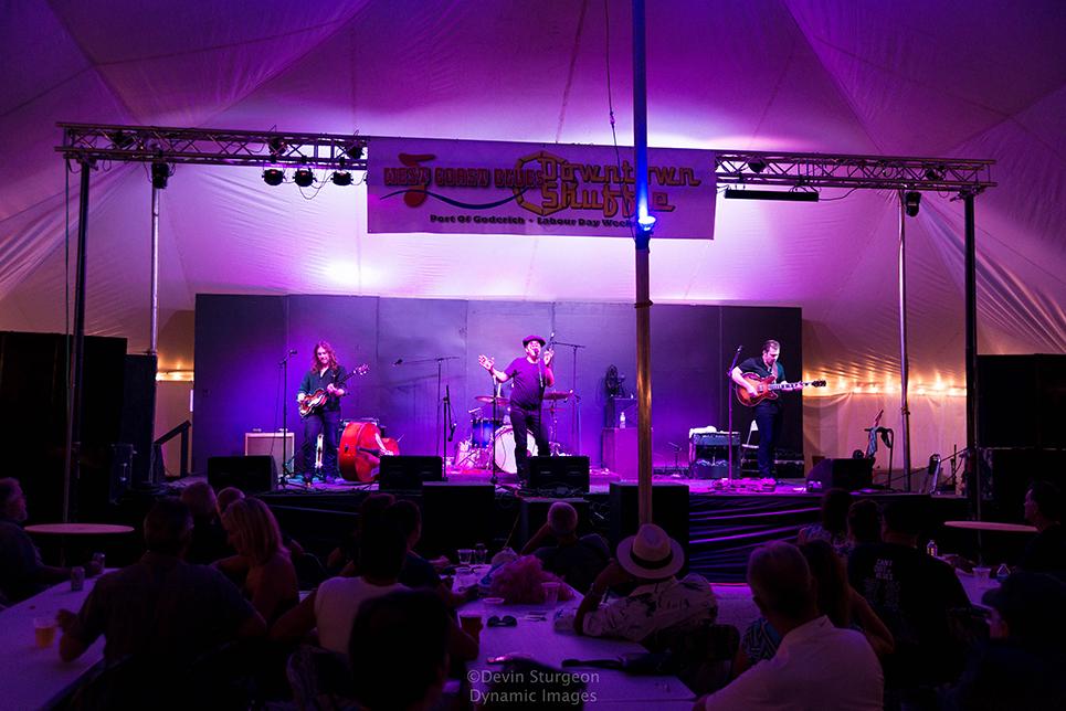 Bluesfest-320-LZ.jpg