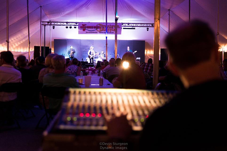Bluesfest-409-LZ.jpg