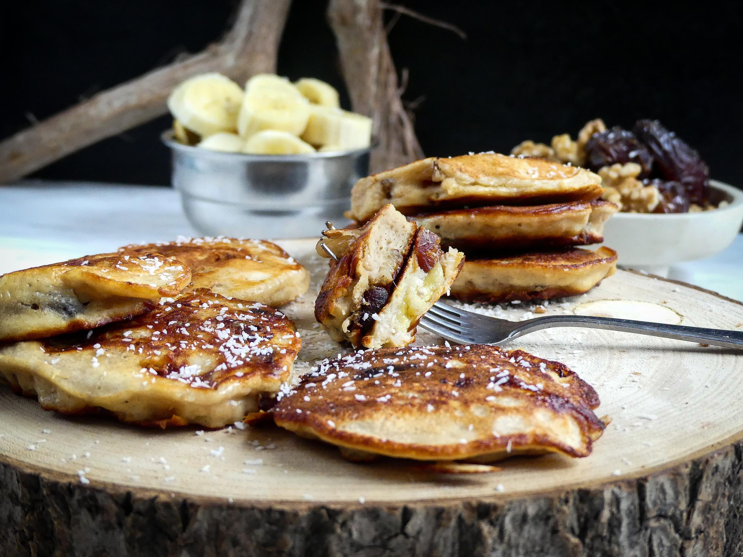 Banana, dates & walnut pancakes