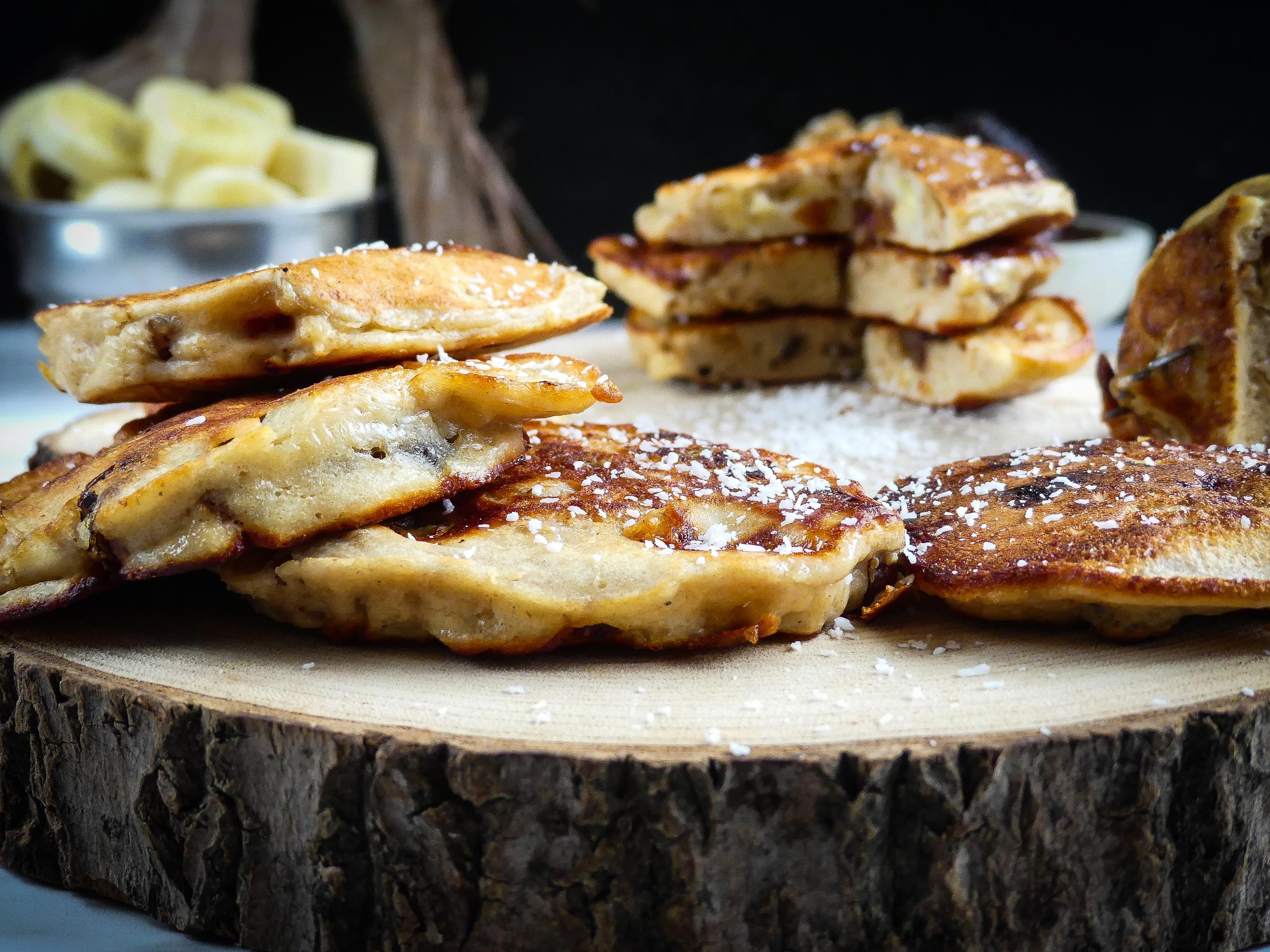 Banana, dates & walnut pancakes2