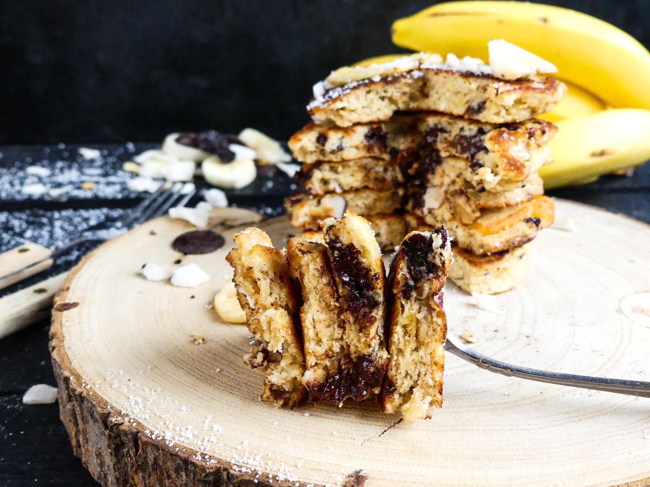 Choco Choco Banana Coconut Pancakes3.jpg