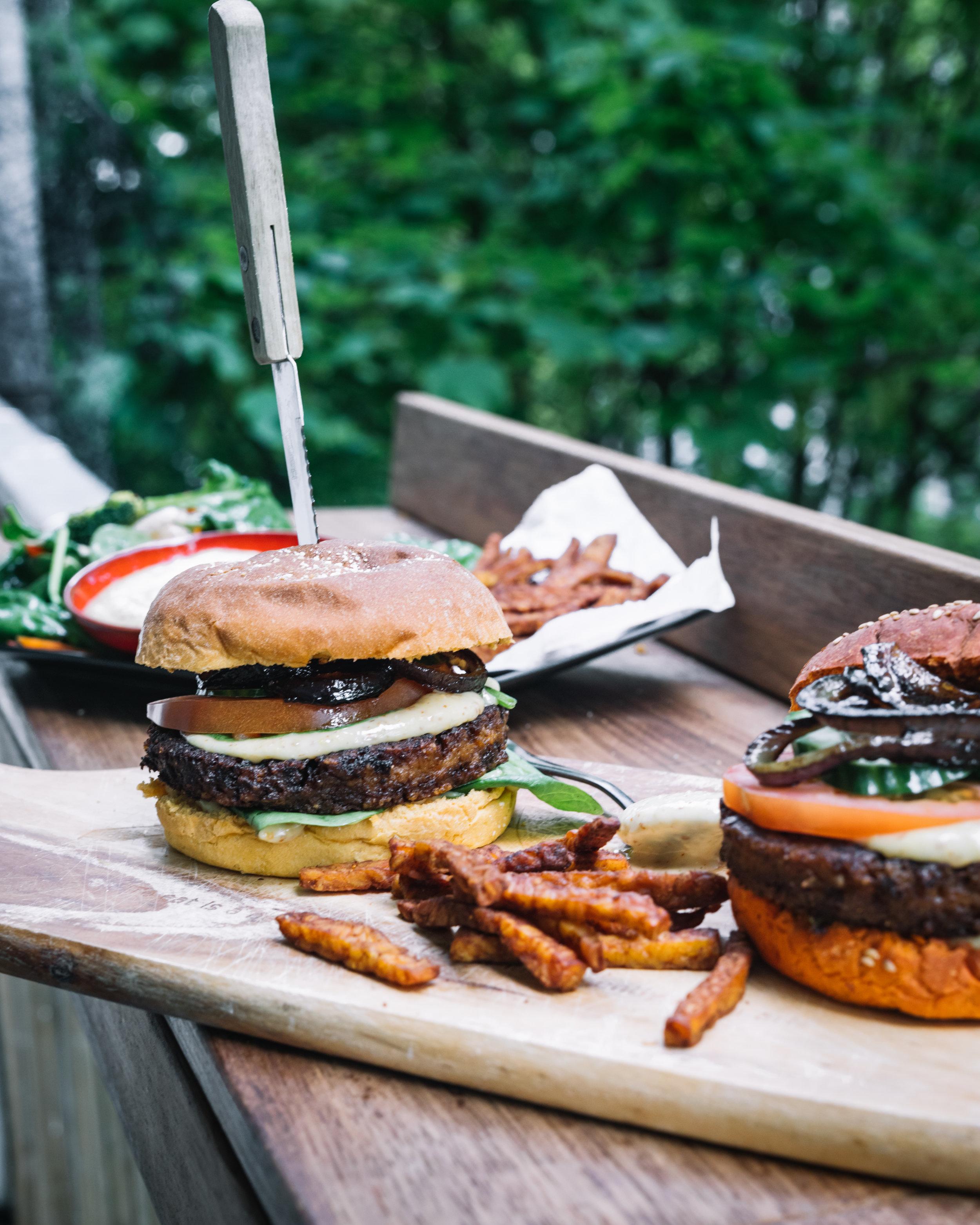 Beyond Meat No Fairytale burgers - 20194.jpg