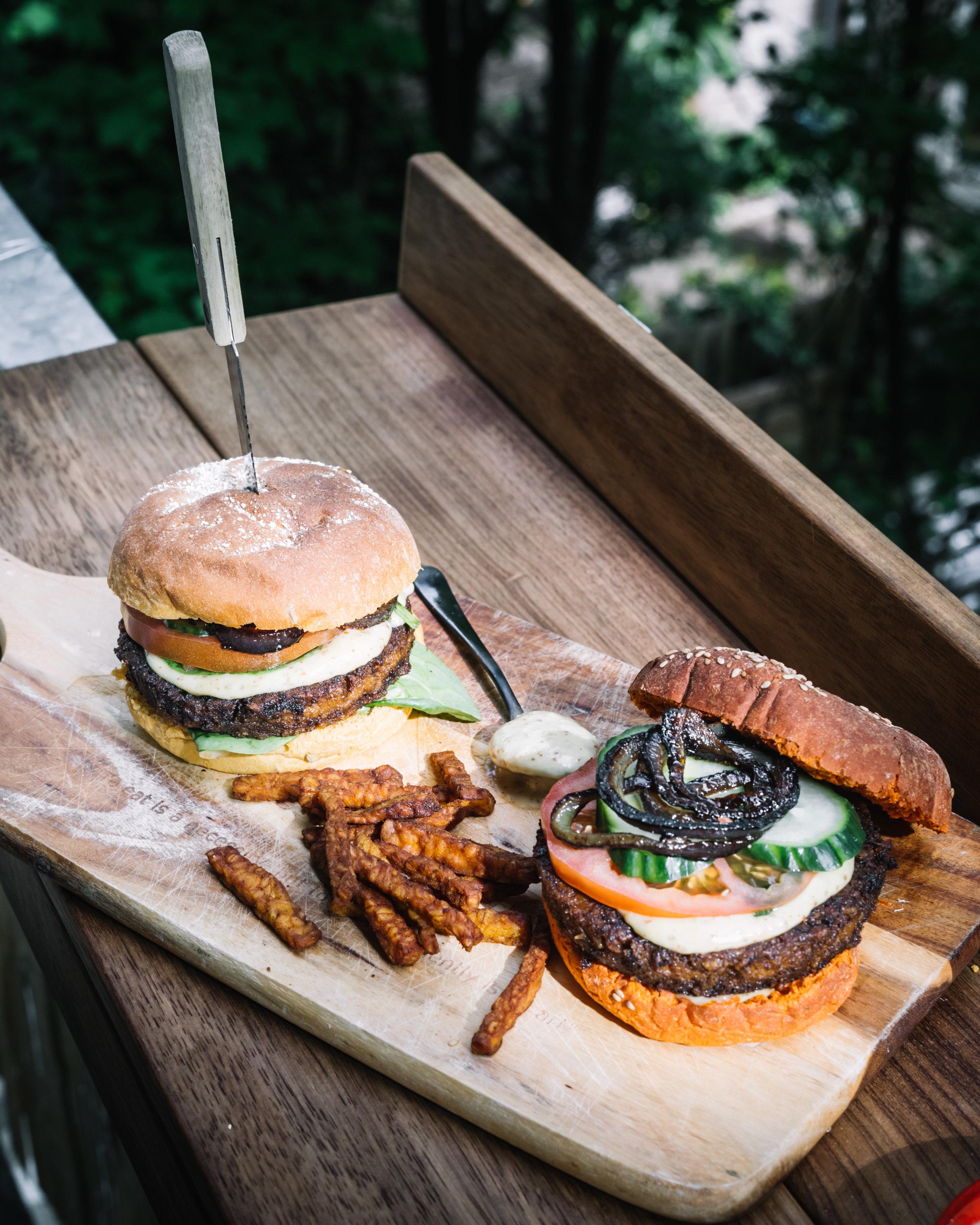 Beyond Meat No Fairytale burgers - 201911.jpg