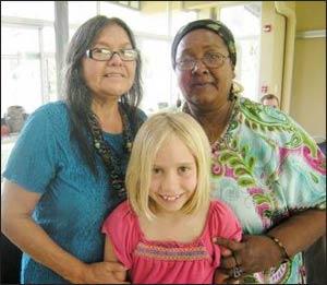 Grace Benson, between Mona Polacca and Mama Grande