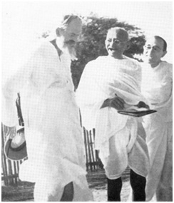 Gandhi and C. F. Andrews, December 1938  – Photo:  mkgandhi.org