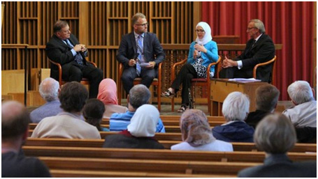 A panel on ending Islamophobia at the Our Muslim Neighbor conference.– Photo: examiner.com