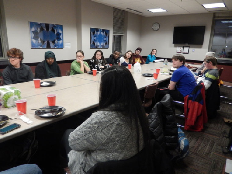 A Multi-Faith-Council Student Council meeting at the University of Minnesota – Photo:  umnmfsc.com