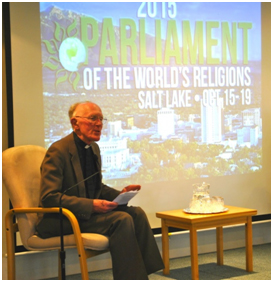 """Marcus Braybrooke speaking at a pre-Parliament workshop about the theme of this year's Parliament of the World's Religions, """"Reclaim the Heart of Our Humanity"""". – Photo: Parliament of the World's Religions"""