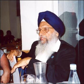 Meji Singh at an Interfaith Center at the Presidio luncheon in 2005. – Photo: ICP
