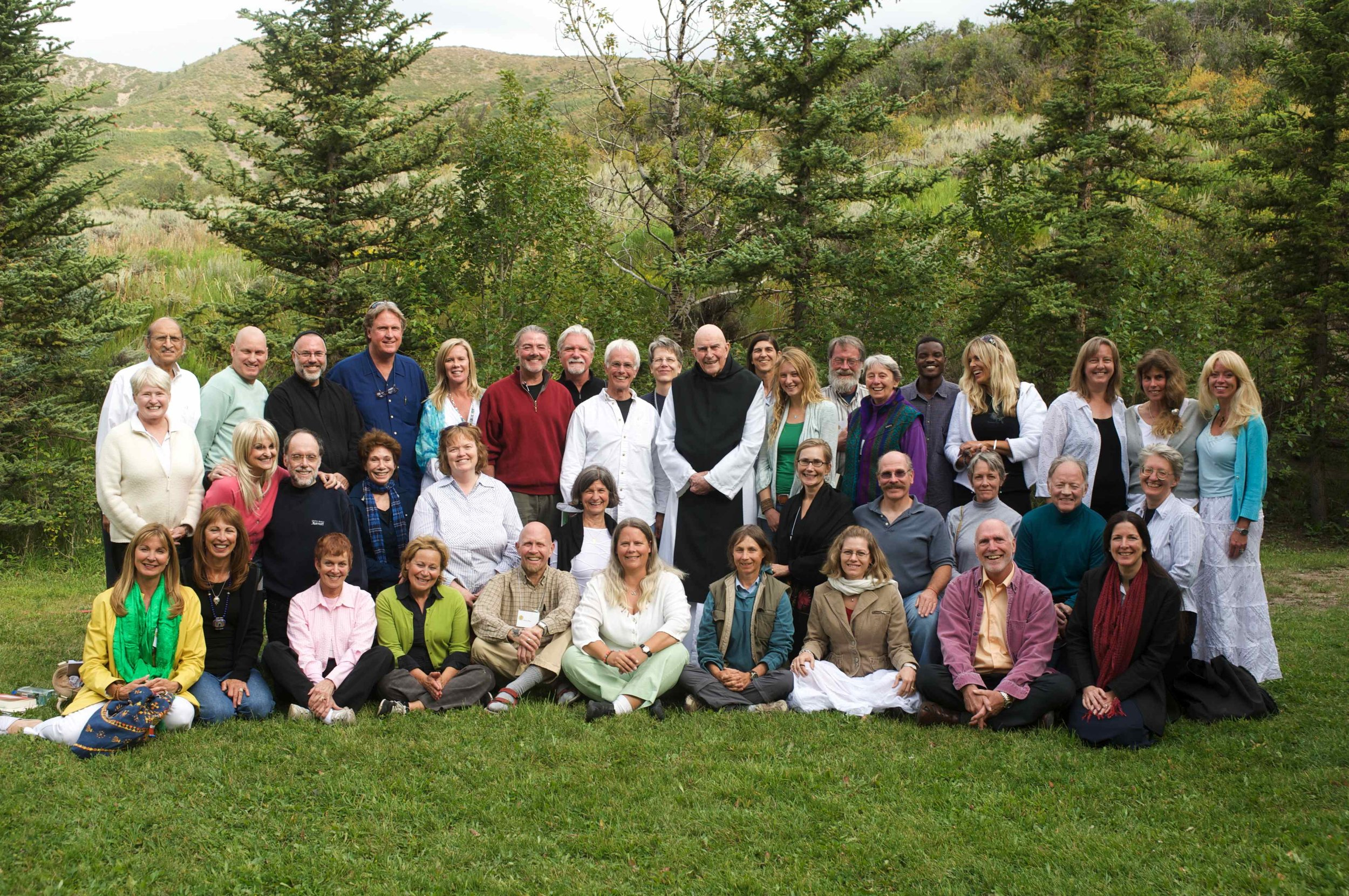 A Spiritual Paths Institute interspirituality event at St. Benedicts Monastery. – Photo: interspiritualwisdom.org