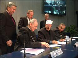 Catholics, Anglicans, and Muslims launch anti-trafficking Global Freedom Network at the Vatican. – Photo: Radio Vatican