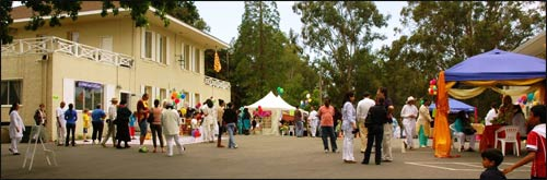 A festival day at Anubhuti Retreat Center, in Novato, California – Photo: Anubhuti