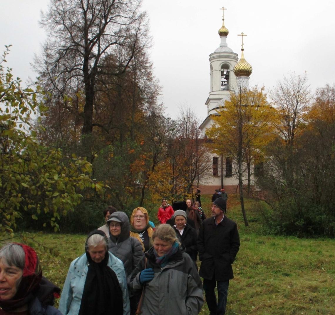 Slavyanka choir members leaving the Orthodox Chapel where they held a memorial service. – Photo: Bettina Gray