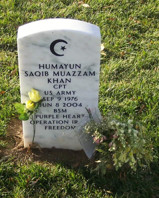 The gravestone of U.S. Army Captain Humayun Khan in Arlington Cemetery – Photo: Arlington Cemetery, M.R. Patterson