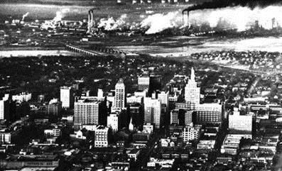 Tulsa in the 1950s, its oilfields in the background – Photo:  Tulsahistory.org