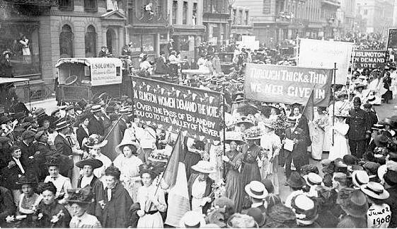 Women marching in 1908 for shorter hours, better pay, and voting rights. – Photo:  Mirza Hasanefendic